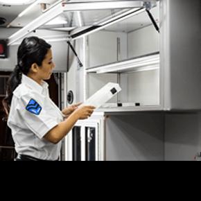 Cabinets/Countertops